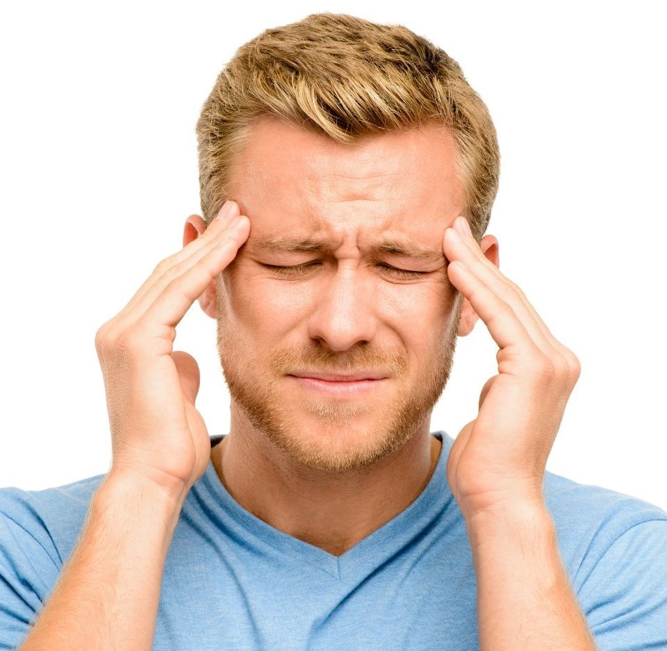 Влияние йоги на сокращение и облегчение приступов мигрени.